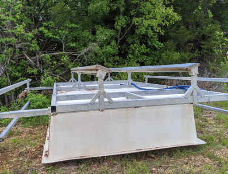 For sale: 6500 lb Fibersteel used boat lift