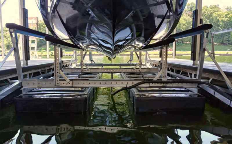 Detailed view of the bottom of a boat on a lift